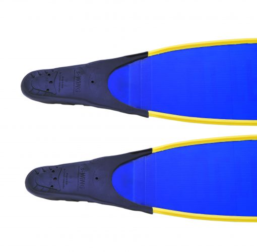 ultrafins blue with cetma pockets